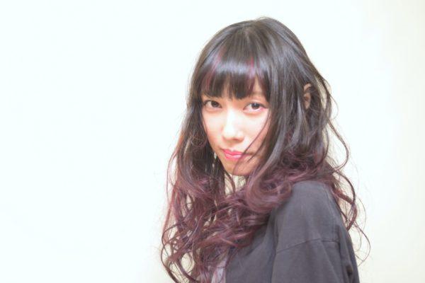 まだまだ人気!グラデーションカラーは八幡山の美容院TERRAでいかがでしょう?